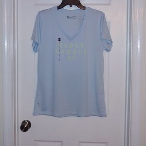 Under Armour Ladies Shirt Size Large
